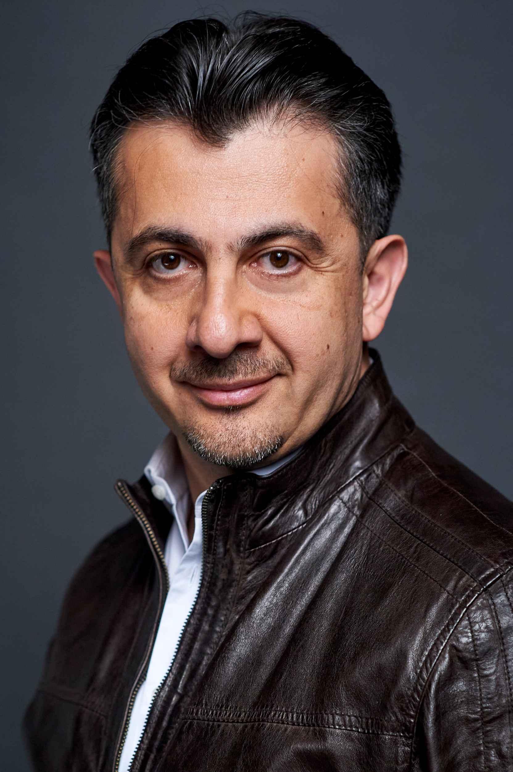 Shavleg Armasi, Bass