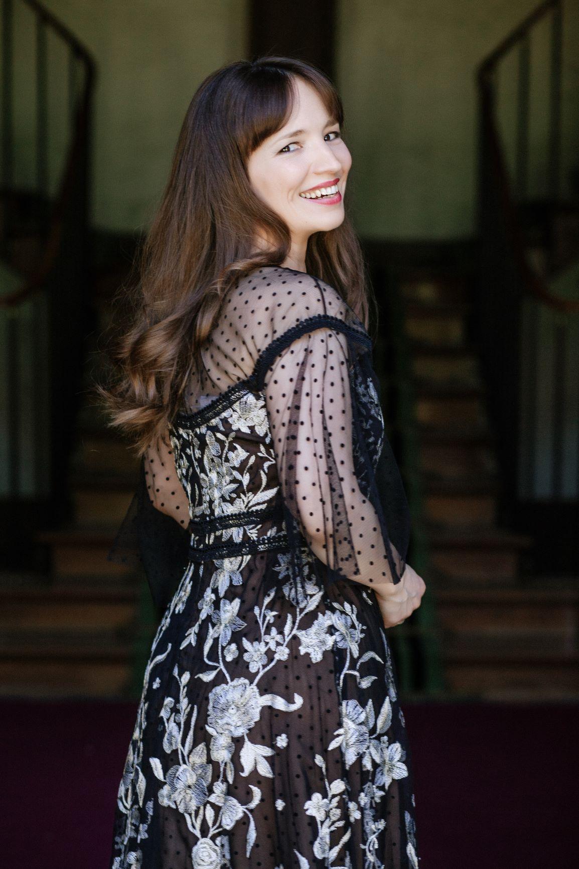 Simona Mihai - Picture nr #21
